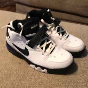 CB AirMax Forces